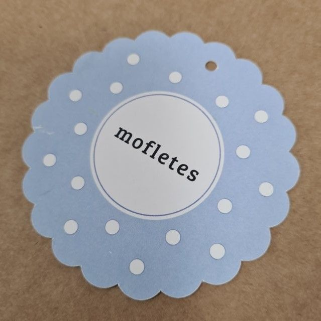 etiquetas de cartón troqueladas