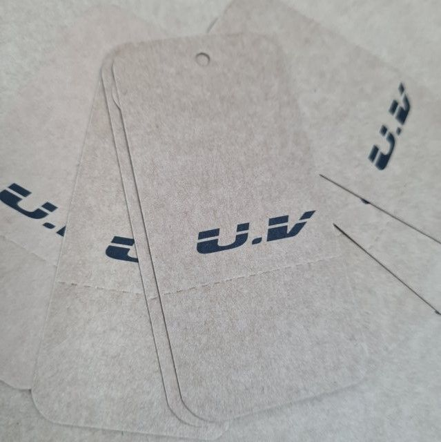Etiquetas kraft para ropa